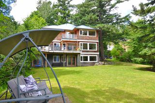 Photo 34: 229 MOONWINKS Drive: Bowen Island House for sale : MLS®# R2465957