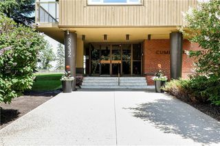 Main Photo: 209 3232 RIDEAU Place SW in Calgary: Rideau Park Apartment for sale : MLS®# C4304804
