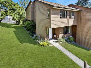 Photo 1: 31 855 Howard Ave in NANAIMO: Na South Nanaimo Row/Townhouse for sale (Nanaimo)  : MLS®# 843609