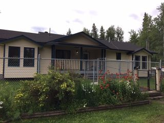 Main Photo: 1755 W FRASER Road in Quesnel: Quesnel Rural - South House for sale (Quesnel (Zone 28))  : MLS®# R2476619