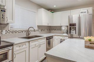 Photo 2: 568 Whiteside St in : SW Tillicum House for sale (Saanich West)  : MLS®# 850822