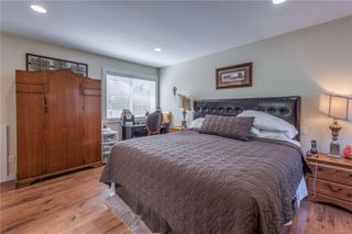 Photo 12: 568 Whiteside St in : SW Tillicum House for sale (Saanich West)  : MLS®# 850822
