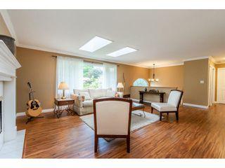 Photo 4: 21195 MOUNTVIEW CRESCENT in Hope: Hope Kawkawa Lake House for sale : MLS®# R2461505