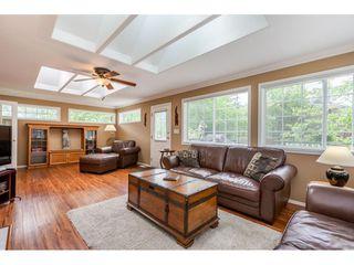 Photo 8: 21195 MOUNTVIEW CRESCENT in Hope: Hope Kawkawa Lake House for sale : MLS®# R2461505