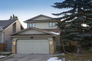 Main Photo: 76 Sundown Green SE in Calgary: Sundance Detached for sale : MLS®# A1052078