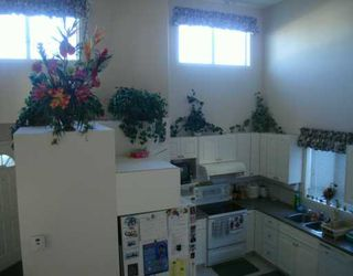 Photo 4:  in CALGARY: Applewood Residential Detached Single Family for sale (Calgary)  : MLS®# C3245983