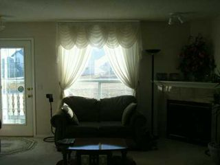 Photo 5:  in CALGARY: Applewood Residential Detached Single Family for sale (Calgary)  : MLS®# C3245983