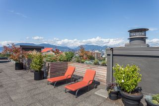 """Photo 15: 815 1445 MARPOLE Avenue in Vancouver: Fairview VW Condo for sale in """"HYCROFT TOWERS"""" (Vancouver West)  : MLS®# R2396150"""