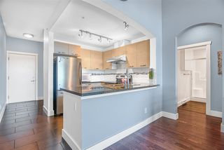 """Photo 3: 603 7428 BYRNEPARK Walk in Burnaby: South Slope Condo for sale in """"GREEN"""" (Burnaby South)  : MLS®# R2401556"""