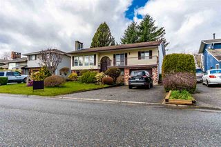 Photo 2: 9155 MAVIS Street in Chilliwack: Chilliwack W Young-Well House for sale : MLS®# R2447113