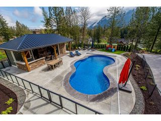 "Photo 24: 10354 WOODROSE Place in Rosedale: Rosedale Popkum House for sale in ""ROSE GARDEN ESTATES"" : MLS®# R2453280"