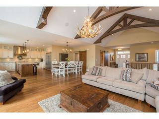 "Photo 6: 10354 WOODROSE Place in Rosedale: Rosedale Popkum House for sale in ""ROSE GARDEN ESTATES"" : MLS®# R2453280"