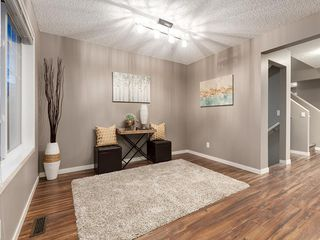 Photo 3: 44 COPPERPOND Road SE in Calgary: Copperfield Semi Detached for sale : MLS®# C4306470