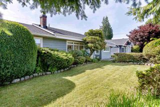 "Photo 3: 1281 REDWOOD Street in North Vancouver: Norgate House for sale in ""Norgate"" : MLS®# R2477504"