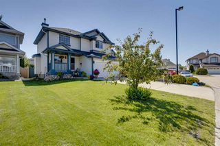 Main Photo: 11821 10A Avenue in Edmonton: Zone 16 House for sale : MLS®# E4208872