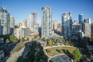 Photo 9: 1710 1188 RICHARDS Street in Vancouver: Yaletown Condo for sale (Vancouver West)  : MLS®# R2498878