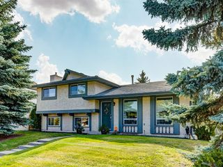Main Photo: 124 LAKE BONAVISTA Drive SE in Calgary: Lake Bonavista Detached for sale : MLS®# A1034863