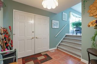 Photo 4: 5715 NORTH HAVEN Drive NW in Calgary: North Haven Upper Detached for sale : MLS®# A1032107