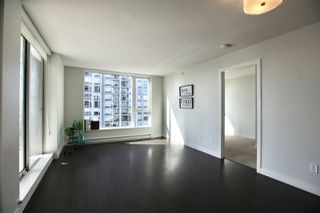 """Photo 5: 2906 13750 100 Avenue in Surrey: Whalley Condo for sale in """"Park Ave East"""" (North Surrey)  : MLS®# R2506017"""