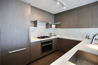 """Photo 4: 2906 13750 100 Avenue in Surrey: Whalley Condo for sale in """"Park Ave East"""" (North Surrey)  : MLS®# R2506017"""
