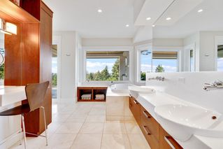 Photo 24: 2729 CRESCENT DRIVE in Surrey: Crescent Bch Ocean Pk. House for sale (South Surrey White Rock)  : MLS®# R2507138