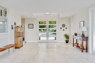 Photo 5: 2729 CRESCENT DRIVE in Surrey: Crescent Bch Ocean Pk. House for sale (South Surrey White Rock)  : MLS®# R2507138