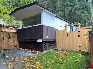 Main Photo: 135 2500 Florence Lake Rd in : La Florence Lake Manufactured Home for sale (Langford)  : MLS®# 859329