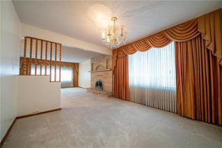 Photo 8: 787 BANNING Street in Winnipeg: Sargent Park Residential for sale (5C)  : MLS®# 202029183