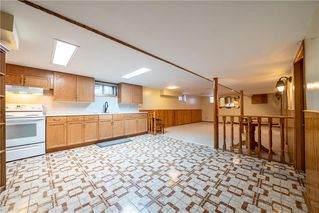 Photo 20: 787 BANNING Street in Winnipeg: Sargent Park Residential for sale (5C)  : MLS®# 202029183