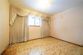 Photo 15: 787 BANNING Street in Winnipeg: Sargent Park Residential for sale (5C)  : MLS®# 202029183
