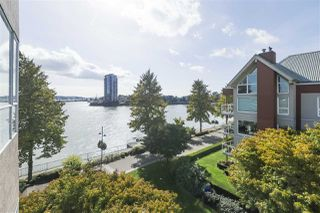 """Photo 8: 420 1150 QUAYSIDE Drive in New Westminster: Quay Condo for sale in """"WESTPORT"""" : MLS®# R2527891"""