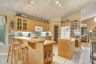 Photo 9: 6707 165 Avenue in Edmonton: Zone 28 House for sale : MLS®# E4165495