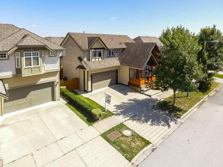 """Photo 18: 6872 192A Street in Surrey: Clayton House for sale in """"CLAYTON HEIGHTS BLUE PINE RIDGE"""" (Cloverdale)  : MLS®# R2393276"""