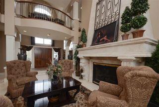 Photo 4: 1124 119 Street in Edmonton: Zone 16 House for sale : MLS®# E4169203