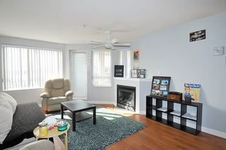 "Photo 4: A335 2099 LOUGHEED Highway in Port Coquitlam: Glenwood PQ Condo for sale in ""SHAUGHNESSY SQUARE"" : MLS®# R2439032"