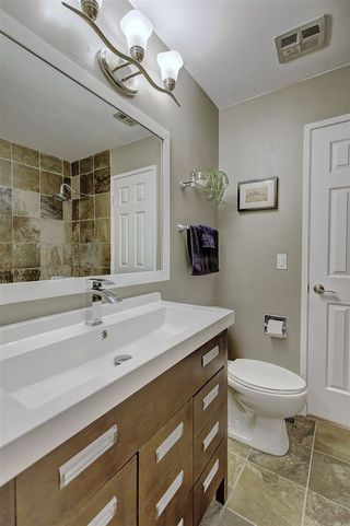 Photo 31: 124 HEARTHSTONE Road in Edmonton: Zone 14 Townhouse for sale : MLS®# E4193246