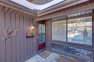 Photo 2: 124 HEARTHSTONE Road in Edmonton: Zone 14 Townhouse for sale : MLS®# E4193246