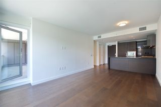 """Photo 7: 305 1561 W 57TH Avenue in Vancouver: South Granville Condo for sale in """"BEVERLY HOUSE"""" (Vancouver West)  : MLS®# R2461763"""