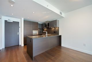 """Photo 6: 305 1561 W 57TH Avenue in Vancouver: South Granville Condo for sale in """"BEVERLY HOUSE"""" (Vancouver West)  : MLS®# R2461763"""