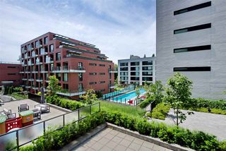 """Photo 15: 305 1561 W 57TH Avenue in Vancouver: South Granville Condo for sale in """"BEVERLY HOUSE"""" (Vancouver West)  : MLS®# R2461763"""