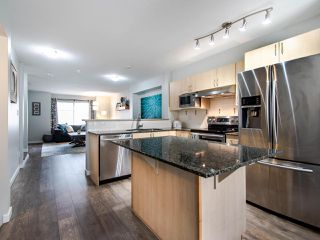 Photo 10: 19 6651 203 Street in Langley: Willoughby Heights Townhouse for sale : MLS®# R2465272