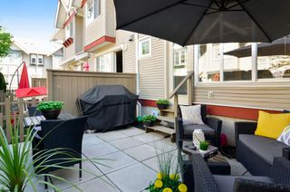 Photo 5: 19 6651 203 Street in Langley: Willoughby Heights Townhouse for sale : MLS®# R2465272
