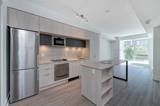 Photo 6: 214 1 Belsize Drive in Toronto: Mount Pleasant East Condo for lease (Toronto C10)  : MLS®# C4794855