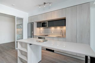 Photo 10: 214 1 Belsize Drive in Toronto: Mount Pleasant East Condo for lease (Toronto C10)  : MLS®# C4794855