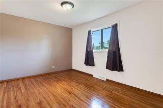 Photo 9: 5927 CENTRE Street NW in Calgary: Thorncliffe Detached for sale : MLS®# C4302907