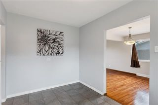 Photo 8: 5927 CENTRE Street NW in Calgary: Thorncliffe Detached for sale : MLS®# C4302907
