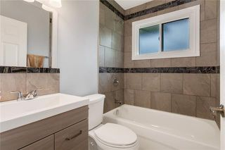 Photo 11: 5927 CENTRE Street NW in Calgary: Thorncliffe Detached for sale : MLS®# C4302907