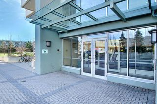Photo 2: 402 77 Spruce Place SW in Calgary: Spruce Cliff Apartment for sale : MLS®# A1046854