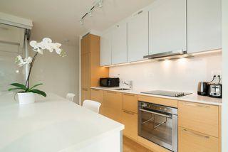 Photo 6: 1806 13438 CENTRAL Avenue in Surrey: Whalley Condo for sale (North Surrey)  : MLS®# R2523649