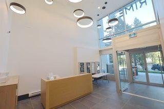Photo 2: 1806 13438 CENTRAL Avenue in Surrey: Whalley Condo for sale (North Surrey)  : MLS®# R2523649